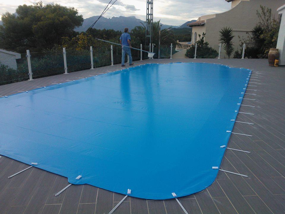 Toldos espanol for Toldos para piscinas